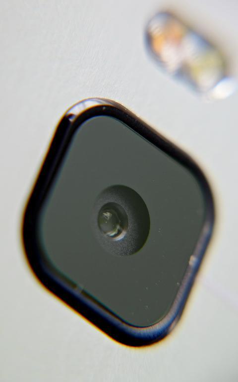 Câmera de celular HTC