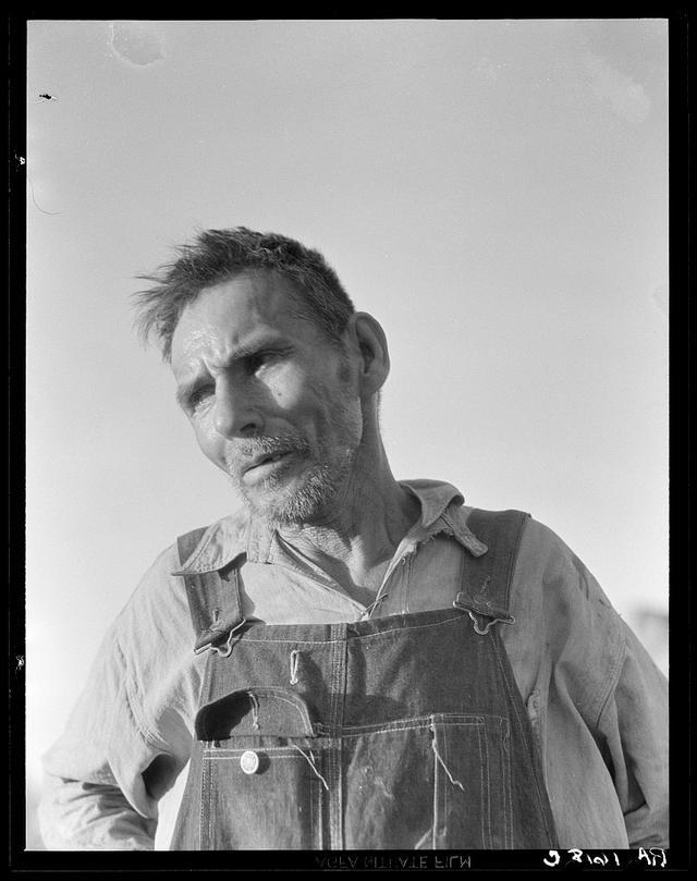 Trabalhador mexicano do Imperial Valley, na Califórnia, que disse 'trabalhei minha vida inteira e agora só o que tenho é meu corpo quebrado', 1935
