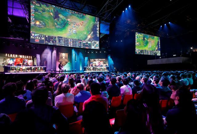 Torneio de 'League of Legends' disputa em Paris, na França
