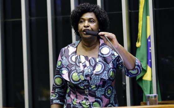 'Negros não se veem representados nos espaços de poder'