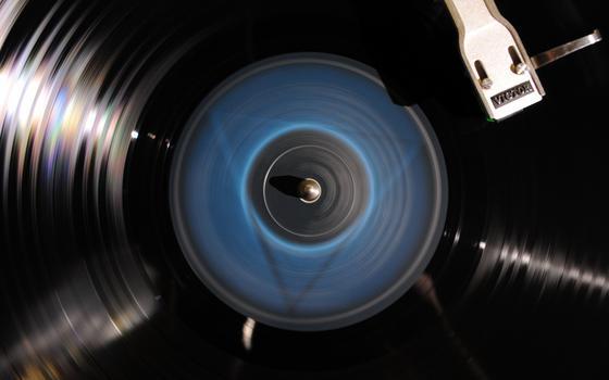 Música antiga vende mais do que lançamentos. E o vinil está lá