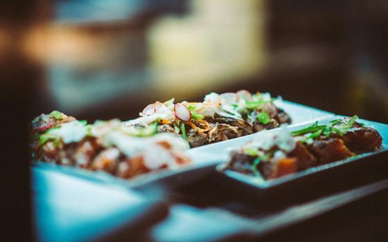Restaurantes estrelados na Inglaterra vão oferecer apenas menu fixo. E no Brasil: a moda pegaria?