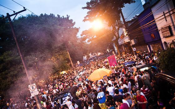 Sem isolamento: as reações às áreas VIPs no Carnaval