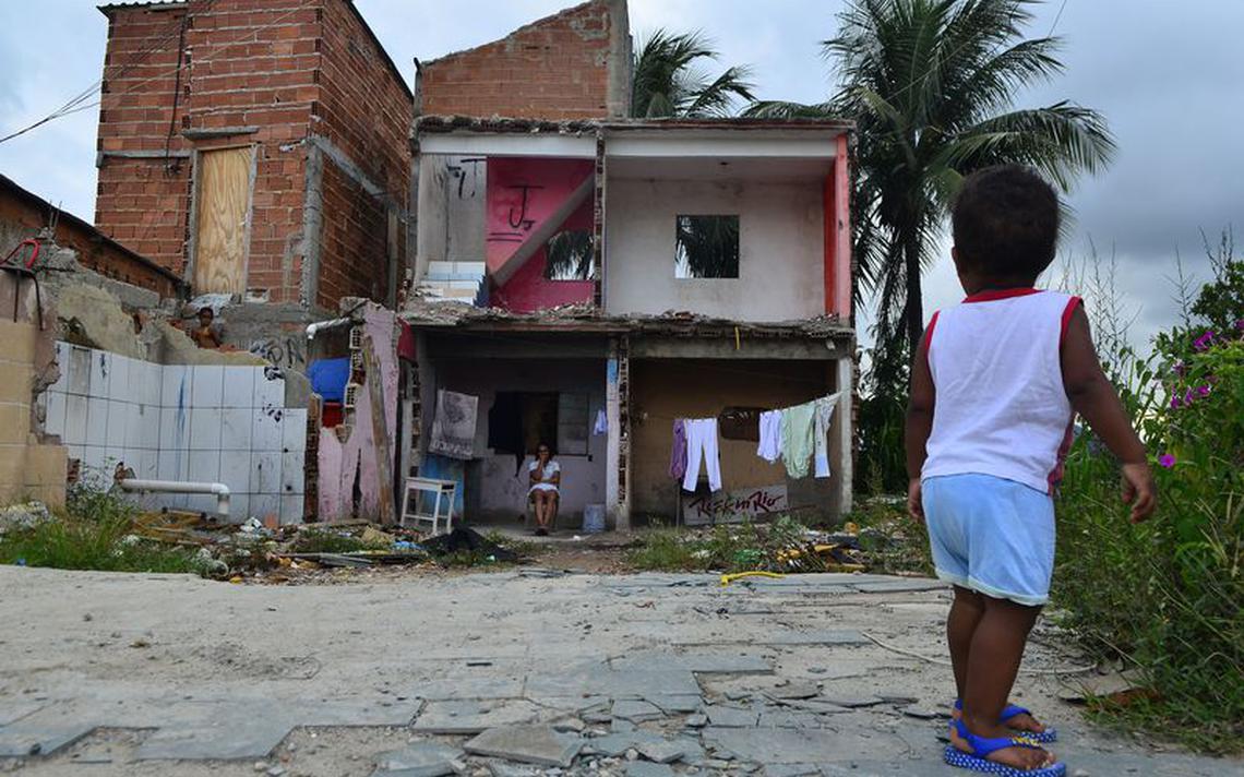 Mais de 500 famílias que vivam na Vila autódromo foram desalojadas