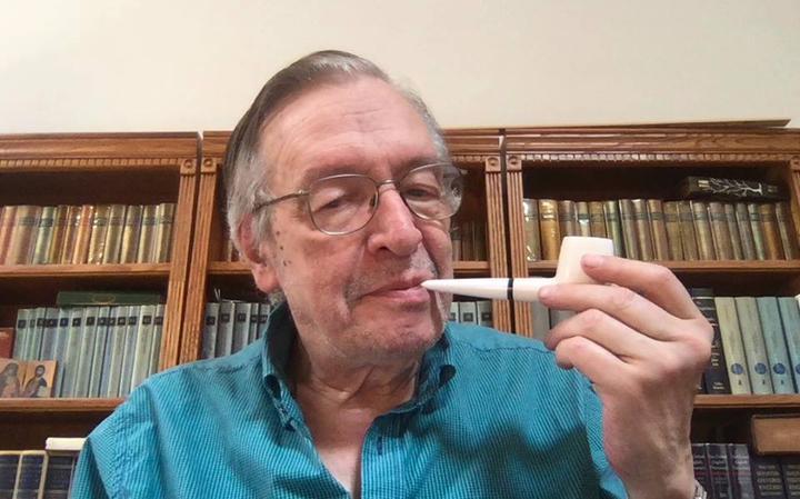 Resultado de imagem para A escatologia de Olavo de Carvalho, guru do bolsonarismo