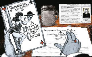 Ilustração do ponto de vista de uma pessoa sentada em uma escrivaninha, com documentos sobre a mesa e uma caneta na mão, e um folheto na outra escrito 'josephine strike, a mulher sem ossos'