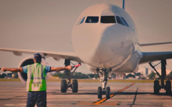 Como se organiza o tráfego aéreo