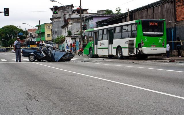 Imagem de acidente de trânsito