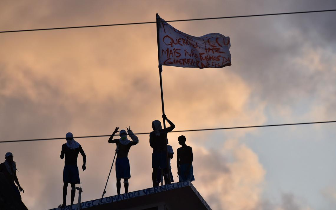 Sistema prisional vive crise no Brasil