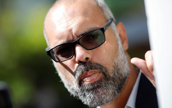Twitter volta a suspender contas de Allan dos Santos
