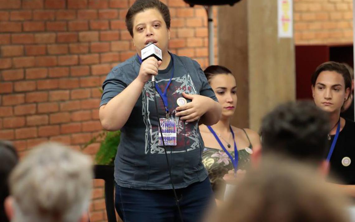Amiel Vieira fala durante o evento SSEX BBOX, que discutiu identidades e sexualidades em novembro em São Paulo