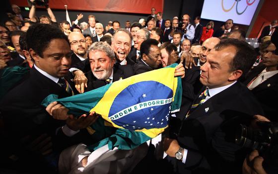 Brasil olímpico: de 'confiante no seu futuro' ao 'carnaval de problemas incomuns'