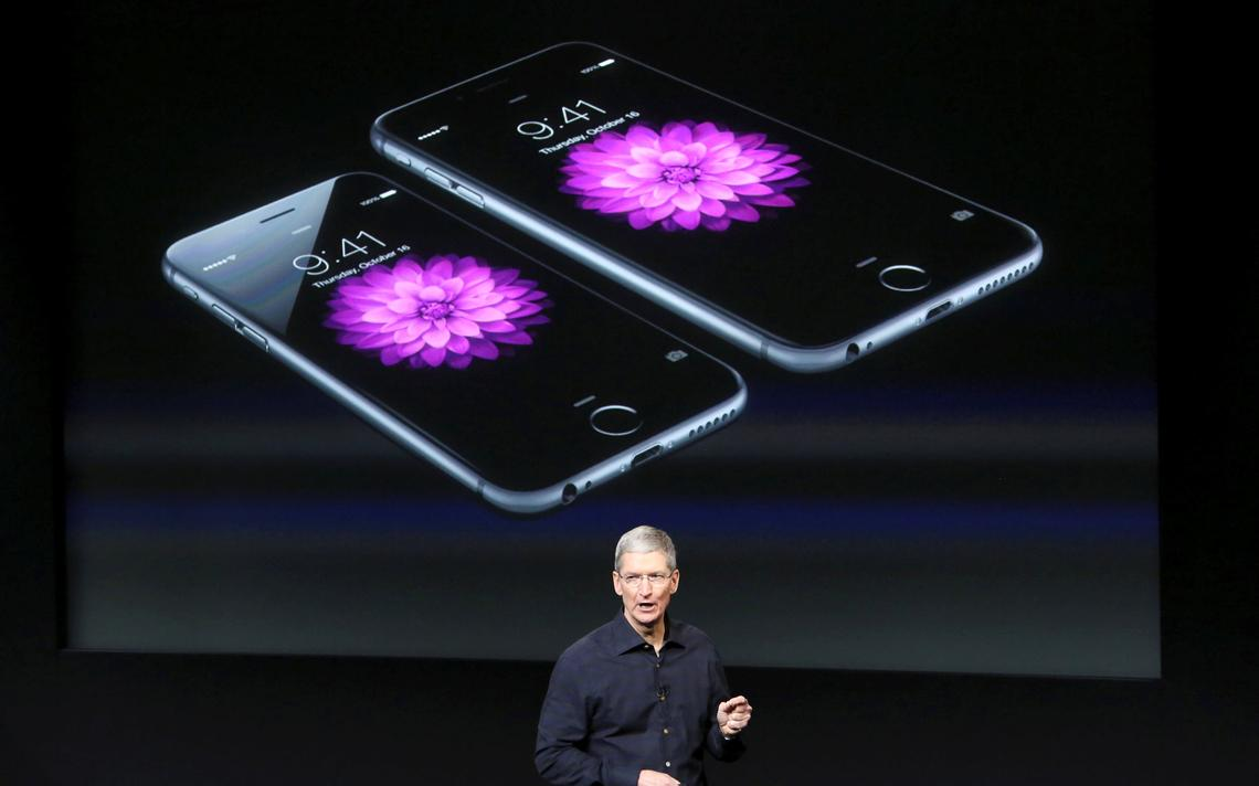 O presidente da Apple, Tim Cook, durante evento de apresentação do iPhone 6, em 2014