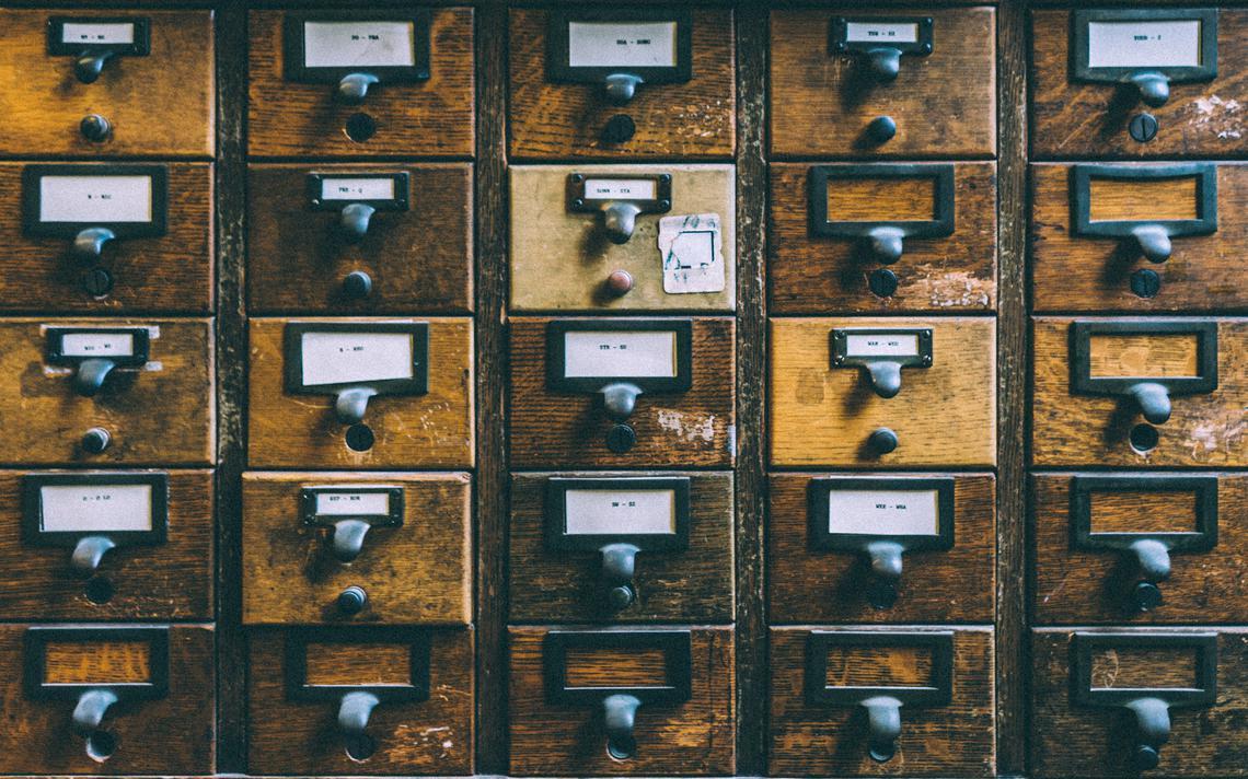 Arquivos da biblioteca pública de Boston, nos Estados Unidos
