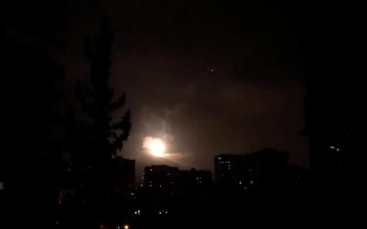 Defesa antiaérea tenta conter ataque dos EUA, Reino Unido e França em Damasco