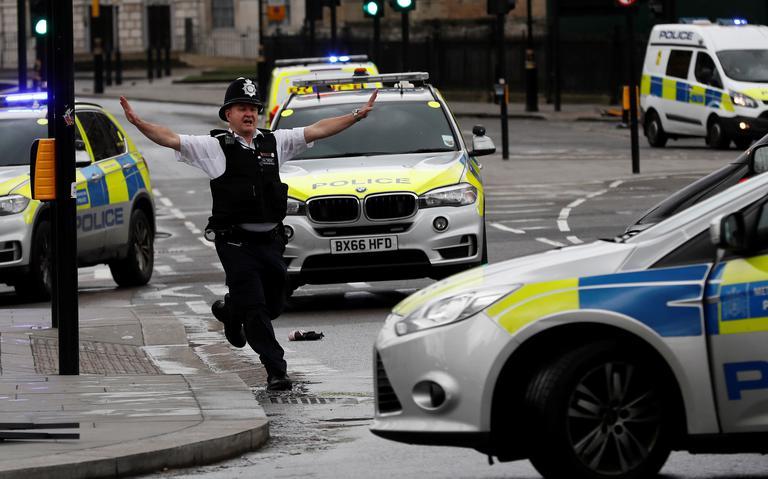 Policial britânico