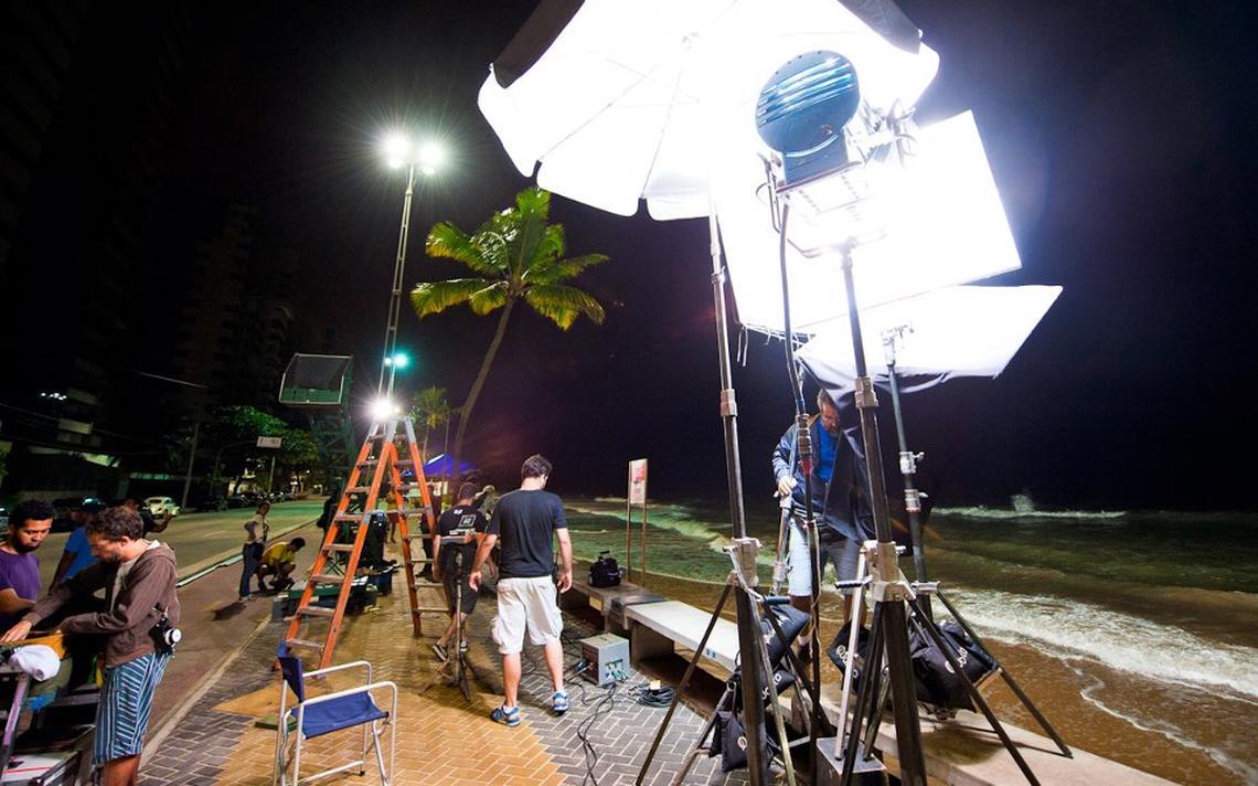Set do filme 'O Som ao Redor' (2012) na praia de Boa Viagem, no Recife