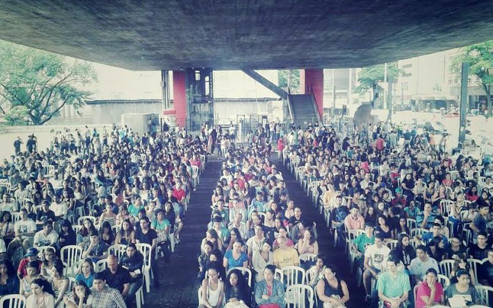 Aula inaugural da Rede Emancipa - Cursinhos Populares no vão do MASP