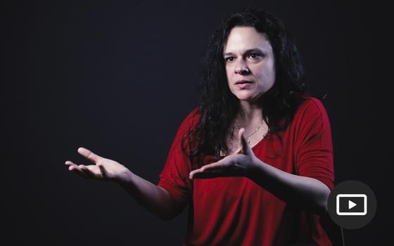 'Que se tire o sigilo da investigação sobre Queiroz e Flávio'