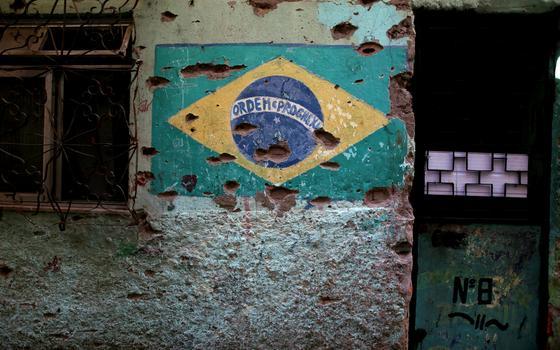 Promotoria denuncia 2 policiais por massacre do Jacarezinho