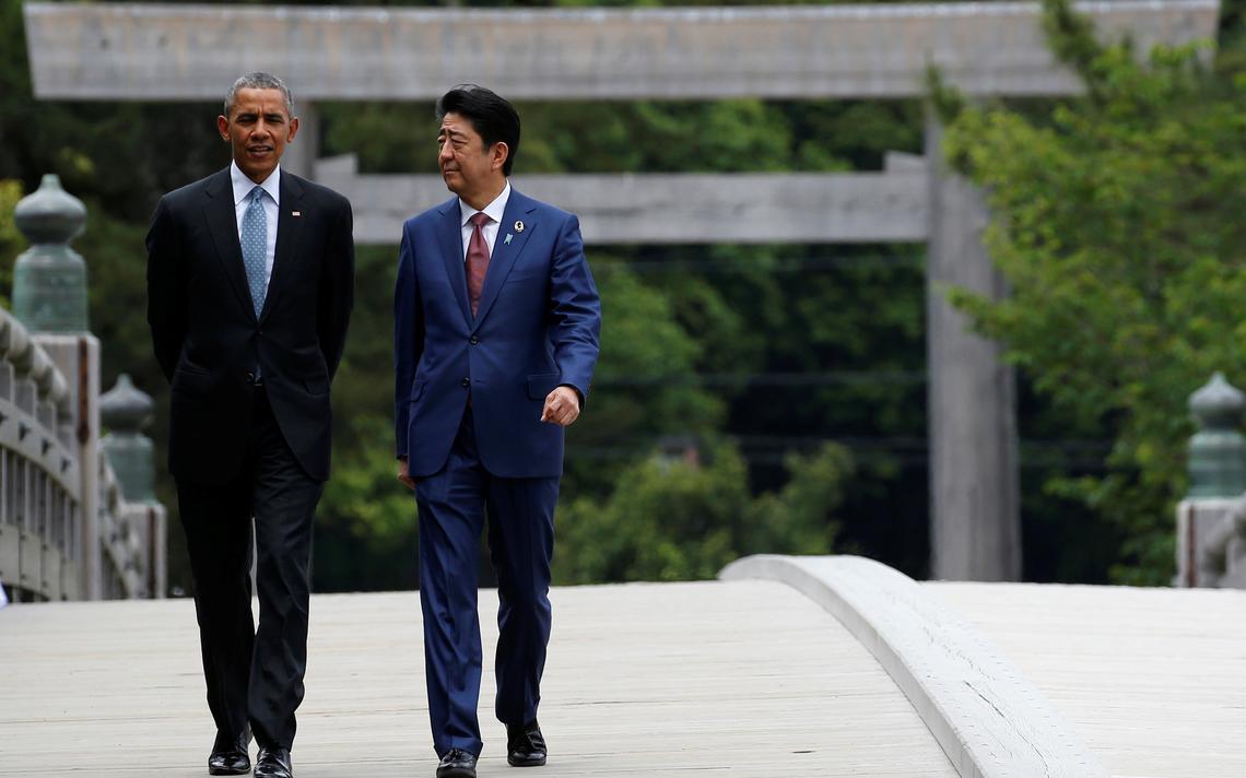 Presidente dos EUA e primeiro-ministro do Japão conversam
