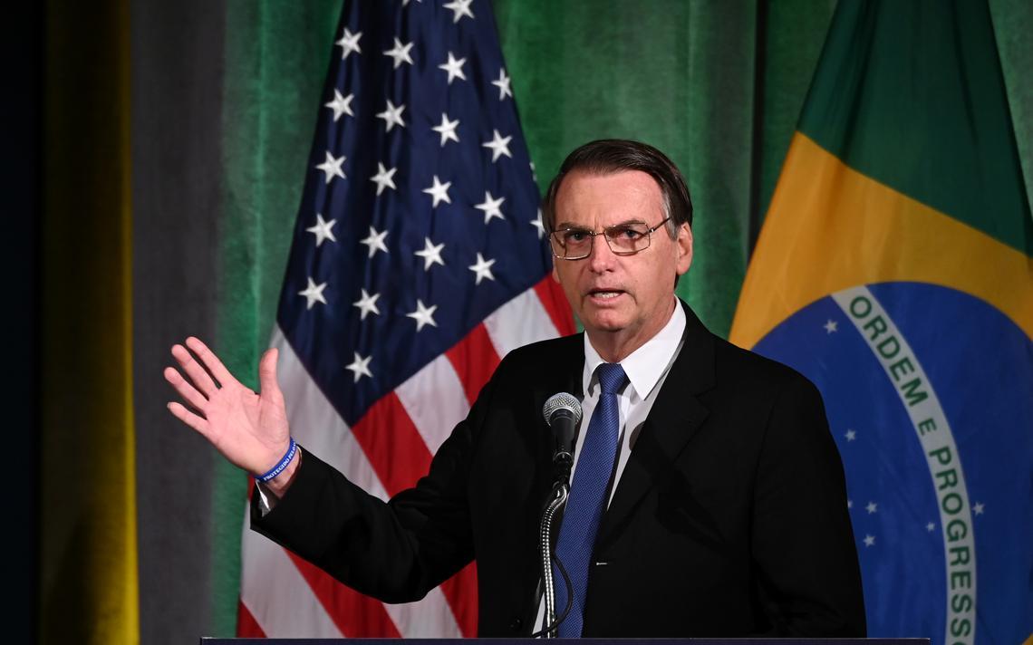 Bolsonaro discursa para empresários em Washington