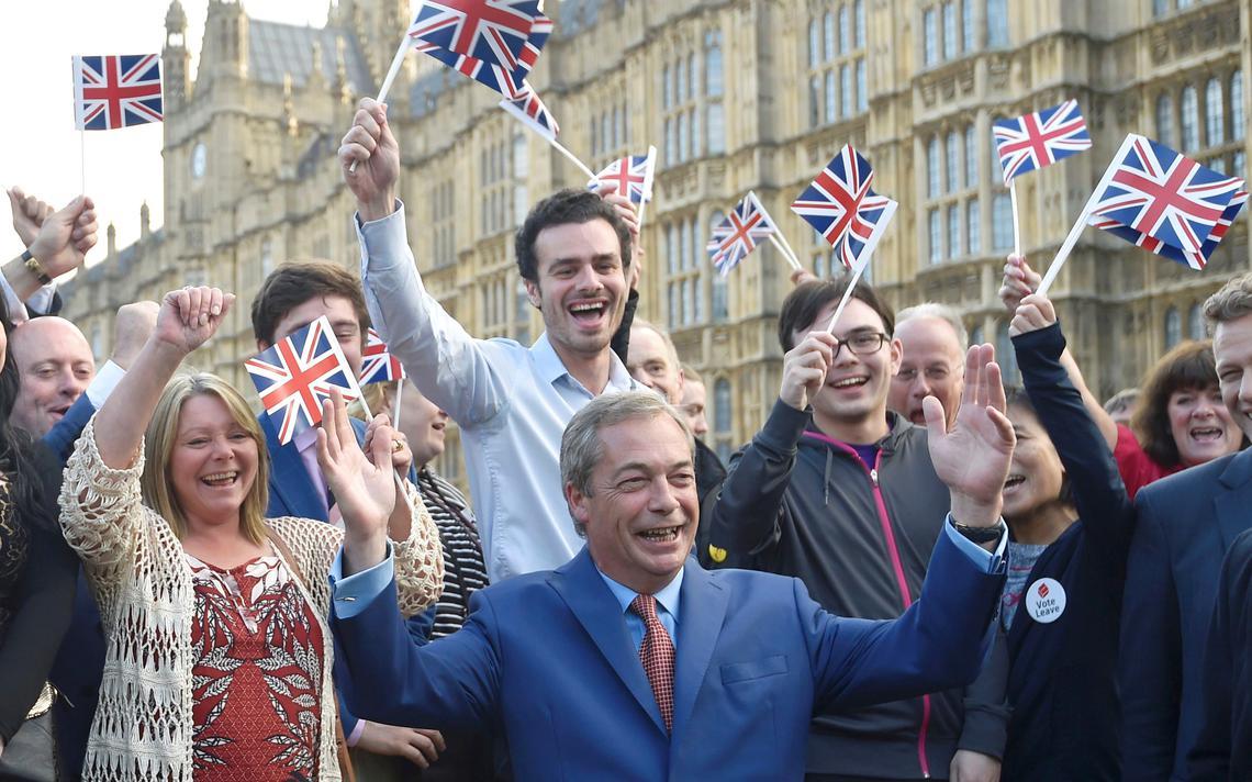 Britânicos celebram Brexit em Londres