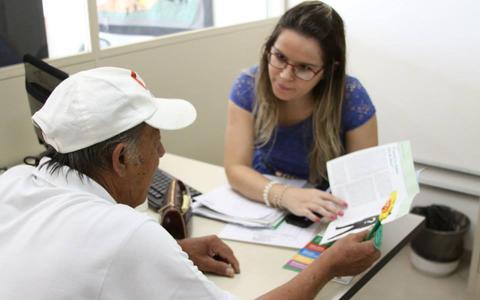 Como funciona, na prática, a Política Nacional de Assistência Social em São Paulo