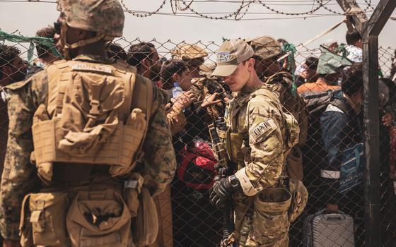 Quais as rotas e os obstáculos de quem foge do Taleban