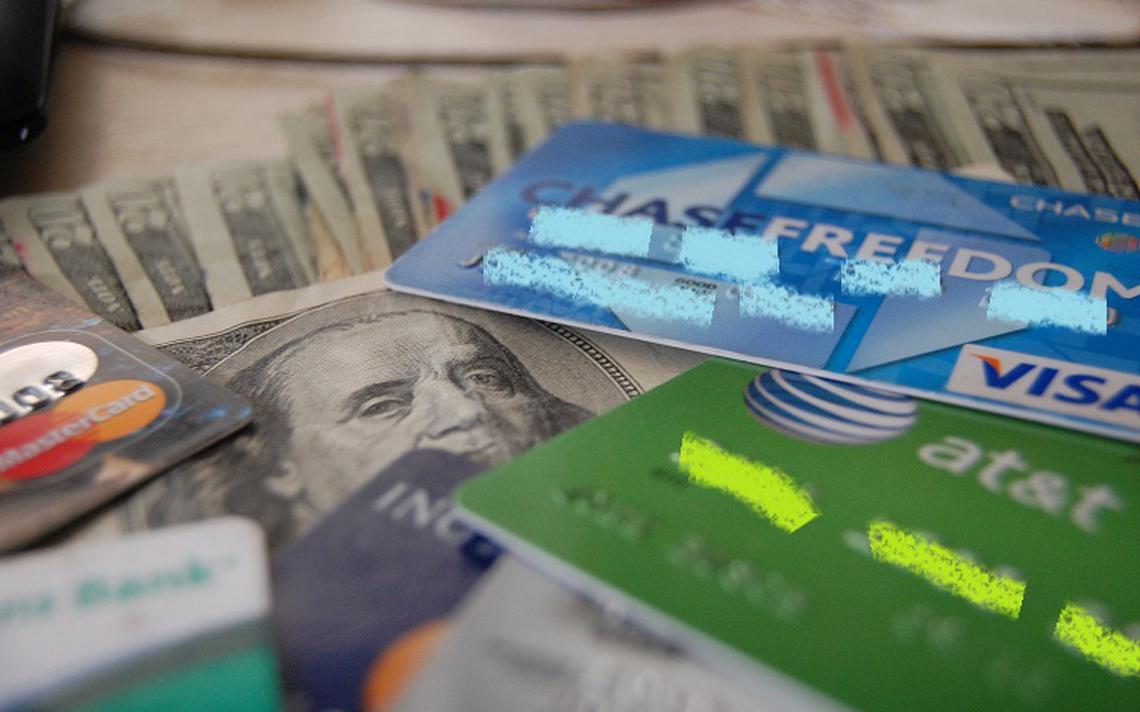 Clientes de um banco tiveram maior propensão a aderir a um cartão platinum do que a genérico equivalente