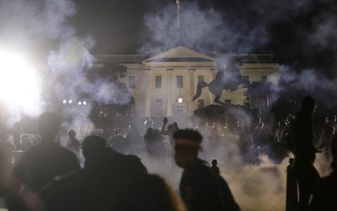 A escalada de protestos nos EUA. E a reação de Trump