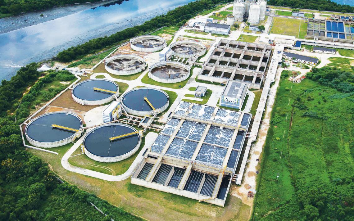 Estação de tratamento de esgoto da Cedae no município do Rio