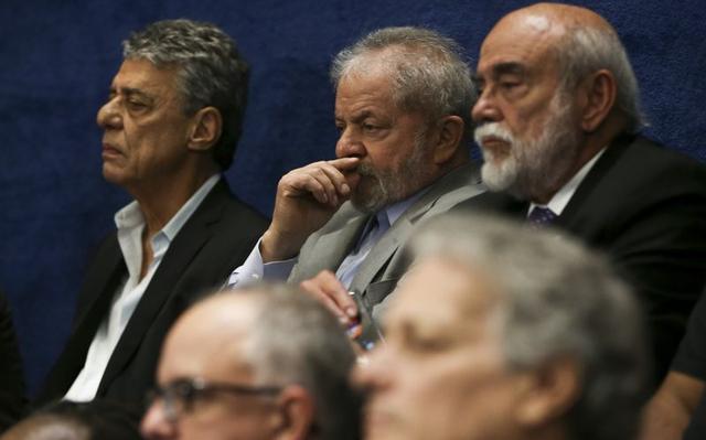 Chico Buarque e Lula no Senado