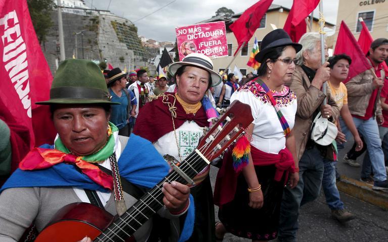 Indígenas da Conaie protestam em Quito em 2015