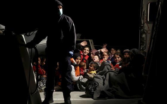 Quais os argumentos políticos e jurídicos da Europa para expulsar imigrantes
