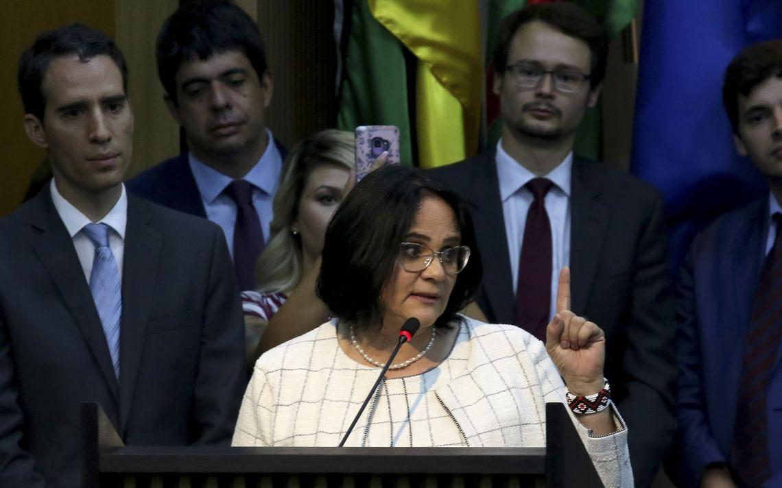 Damares Alves, em cerimônia em Brasília em que assumiu o Ministério da Mulher, Família e Direitos Humanos