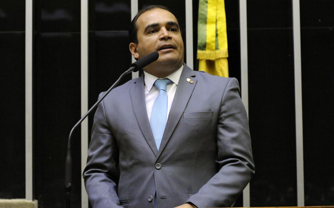 Delegado Marcelo Freitas em cerimônia na Câmara dos Deputados em março de 2019