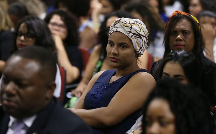Participante de debate sobre a mulher negra na sede da Fundação Palmares, em Brasília, em março de 2018