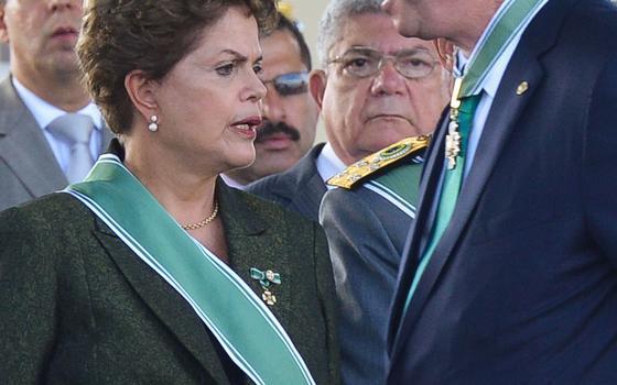 Centro da crise se alternou entre Dilma e Cunha durante o ano. Agora a 'batata quente' está nas mãos dos dois