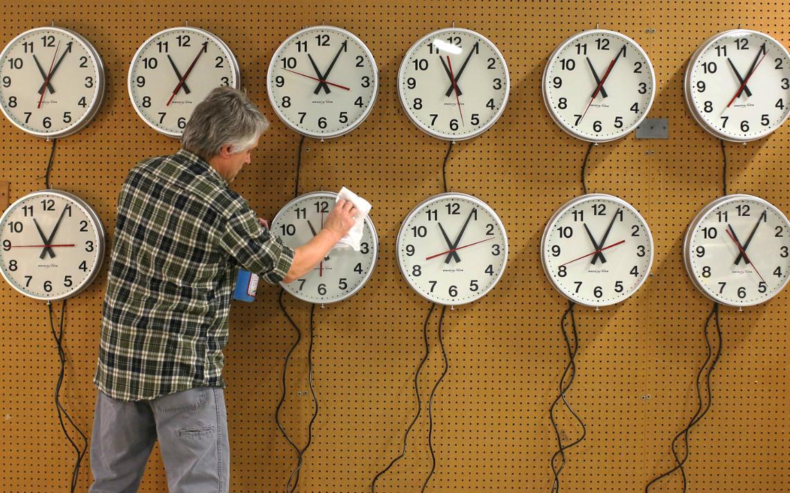 Durante dois meses, jornada de trabalho foi reduzida de 40 para 32 horas distribuídas em apenas quatro dias