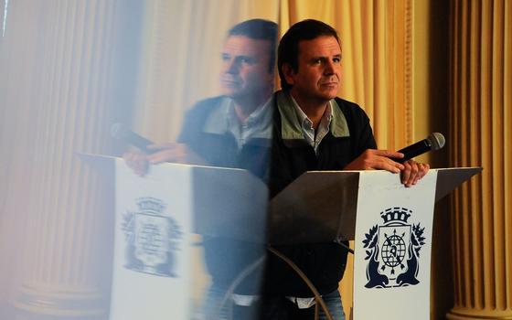 Denúncia e CPI no encalço dos favoritos à prefeitura no Rio