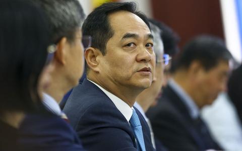 Quem é o embaixador chinês que lida com o Brasil na crise da covid-19