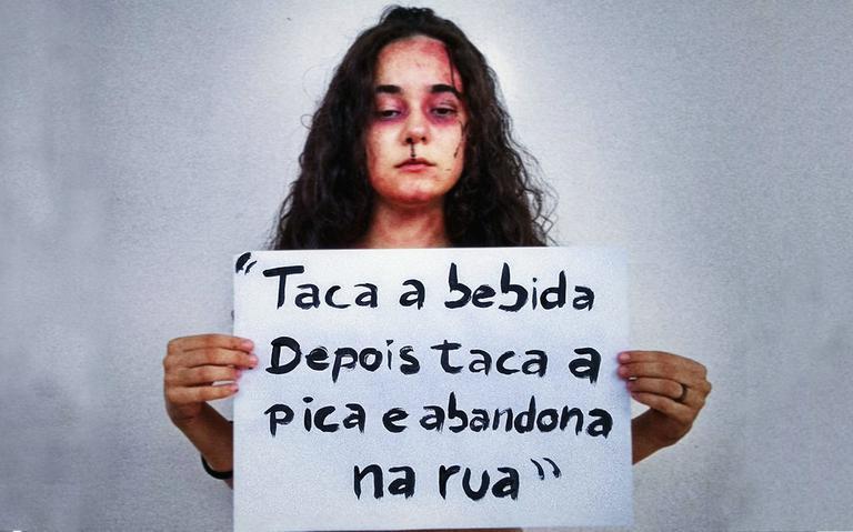 Estudante Yasmin Formiga, de João Pessoa, protestou no Facebook contra música 'Surubinha de leve'