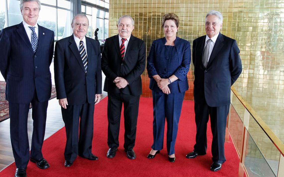 Ex-presidentes Dilma Rousseff, Fernando Collor, José Sarney, Lula e Fernando Henrique Cardoso