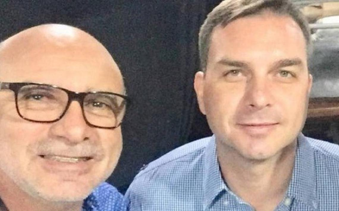 O motorista Fabrício Queiroz e o deputado estadual Flávio Bolsonaro