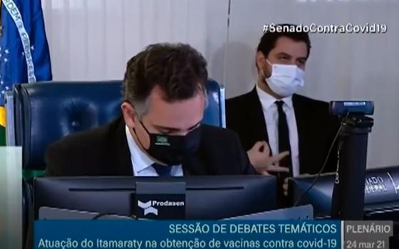 Assessor de Bolsonaro, Filipe Martins vira réu por gesto racista