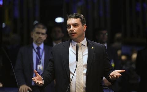 Sem Ciro Nogueira, CPI terá Flávio Bolsonaro como suplente