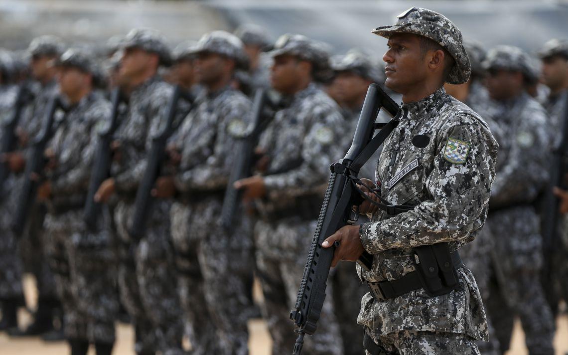 Membros da Força Nacional, em formação