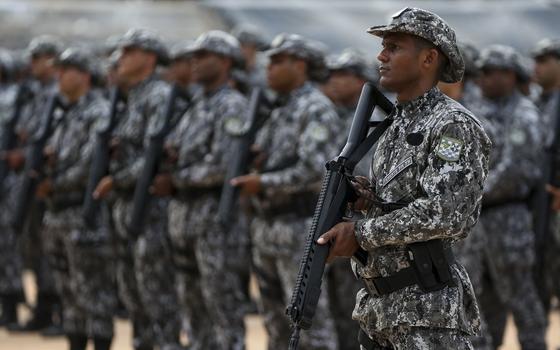 Como o governo federal responde ao motim de PMs no Ceará