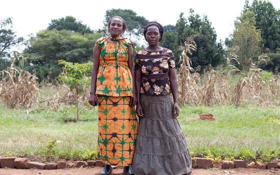 As fotos de um brasileiro que estão mudando comunidades africanas